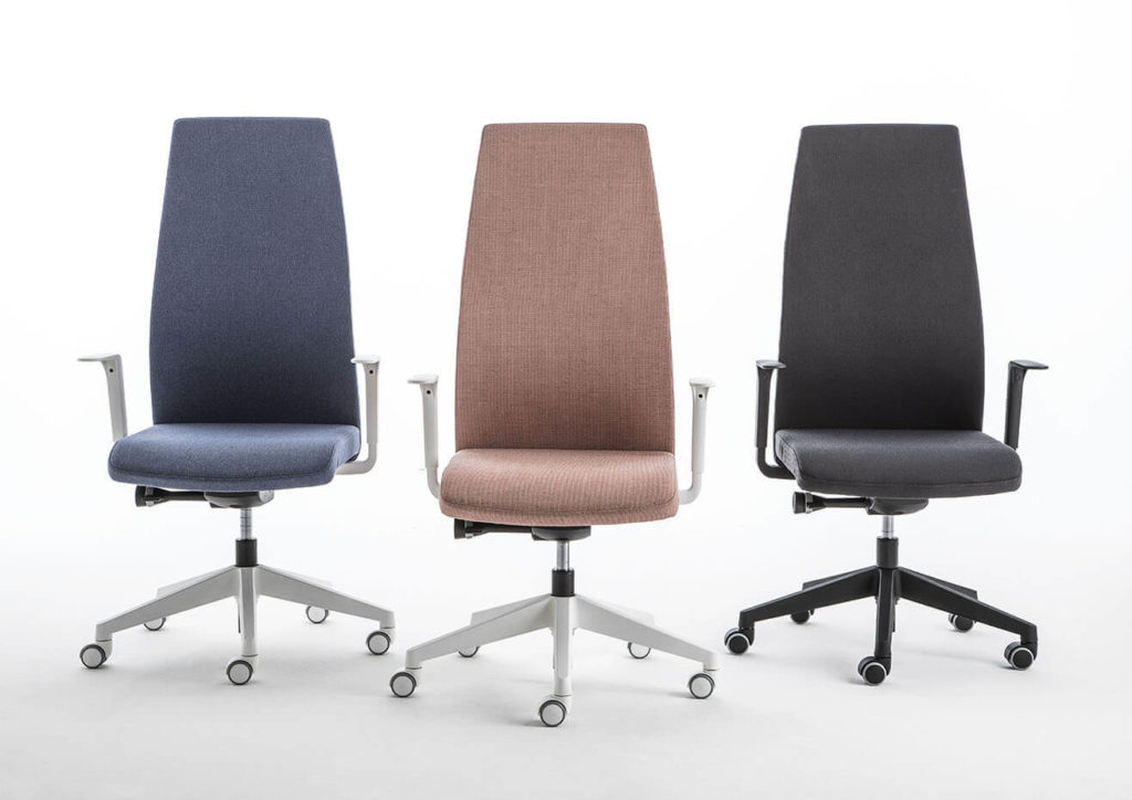'Smart chair, Smart work', le sedute di Luxy per la nuova era