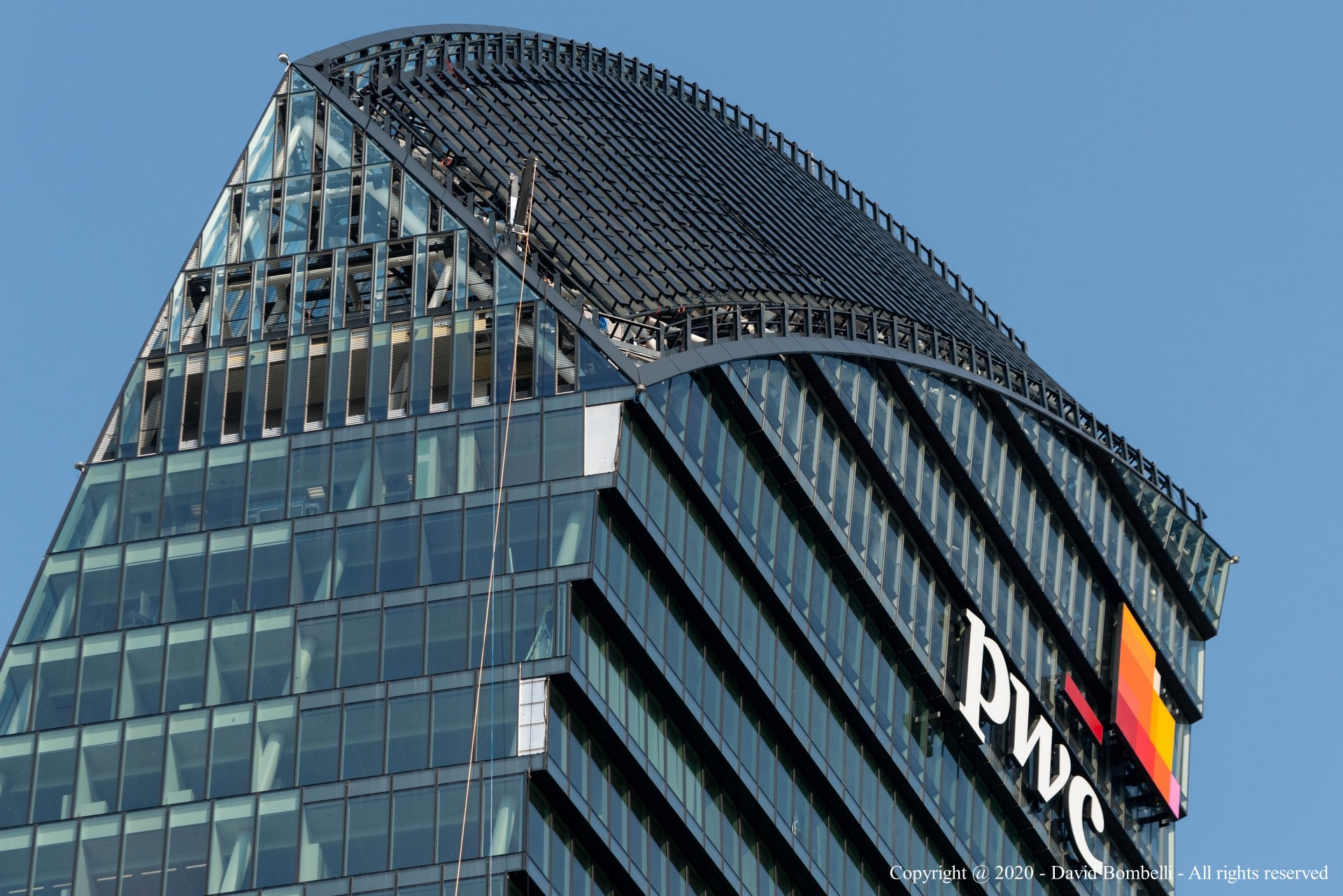Libeskind Tower completed at CityLife and delivered to PwC